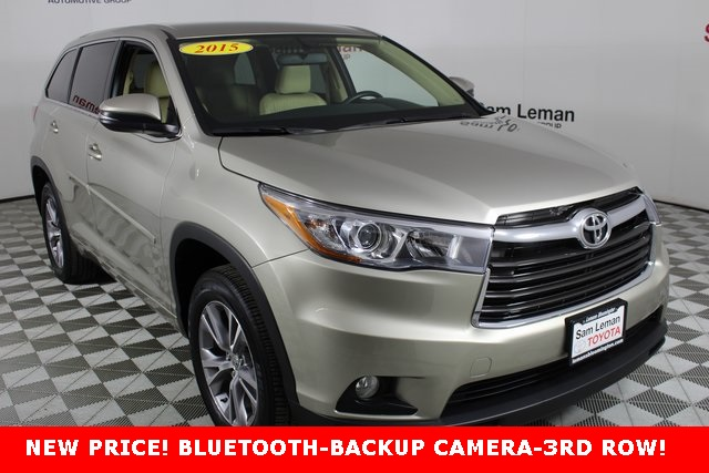 Pre Owned 2017 Toyota Highlander Le Plus V6
