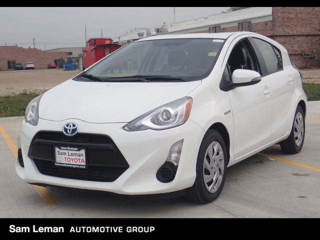 Pre Owned 2015 Toyota Prius C Two 5d Hatchback In Bloomington Bt716